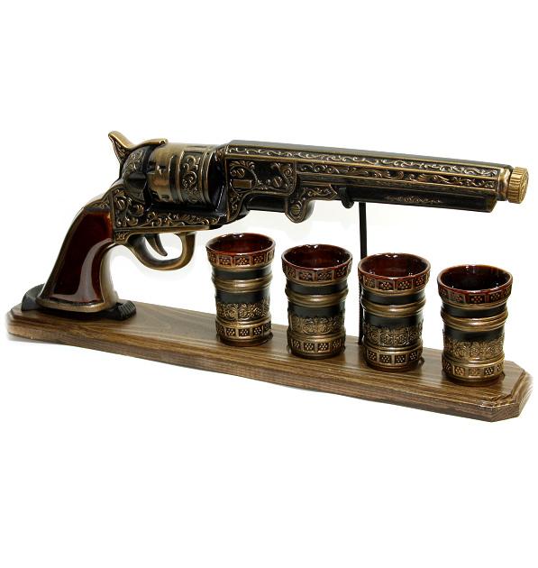 """Набор штоф + 4 рюмки """"Револьвер"""""""