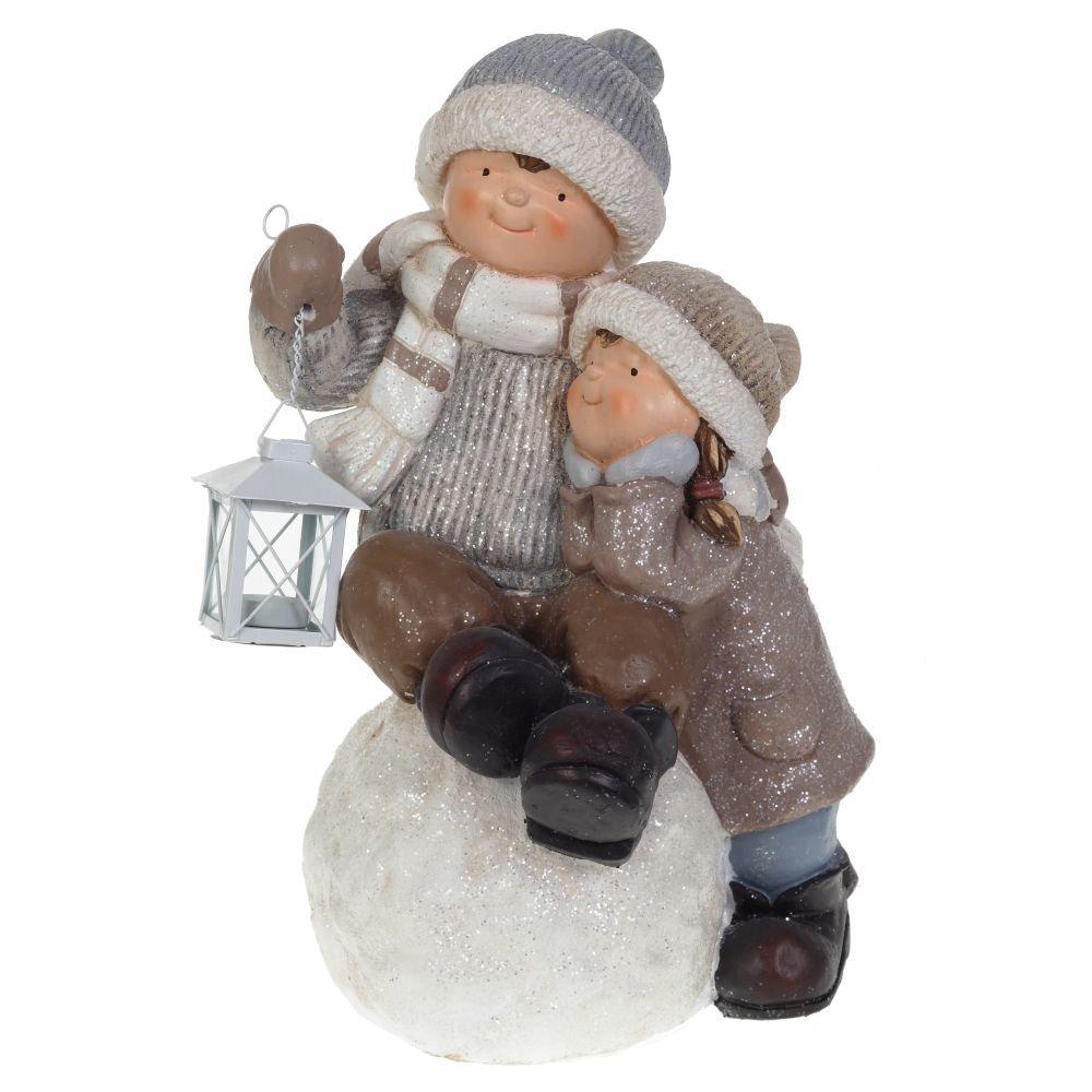 """Фигура """"Мальчик с девочкой на снежном шаре"""""""