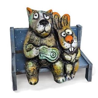 Волк и заяц на скамейке
